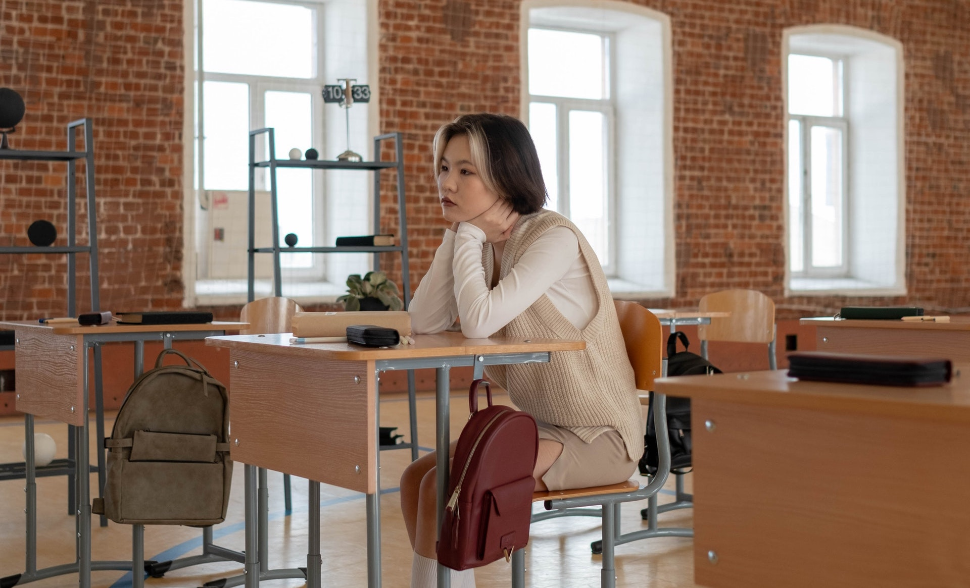 woman with boring job at desk